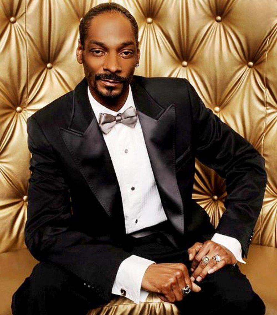 Snoop Dogg to Appear On Paris Hilton's Next Album [VIDEO]