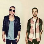 Macklemore & Ryan Lewis Smash Hip-Hop Competition With VMA Knockout [VIDEOS]