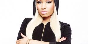 """Nicki Minaj Defends """"Anaconda"""" Cover"""