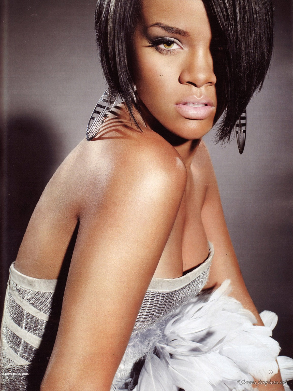 Rihanna Reveals Details About Nicki Minaj Collaboration