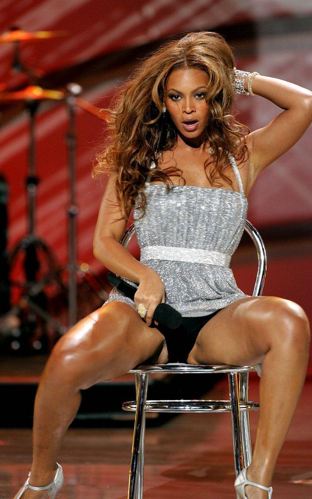 Beyonce Causes Stir At Billboard Awards