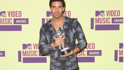 Drake Brings 'Nothing Was The Same' Album Cover To Life During VMA Performance