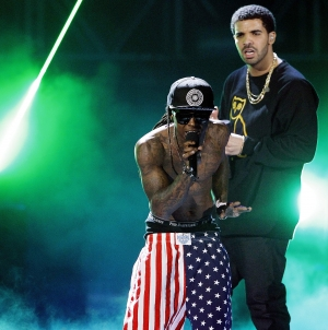 "Watch Drake and Lil Wayne Perform ""Grindin'"" For the First Time On Tour"